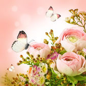 Gentle bouquet from pink roses and butterfly — Stock Photo