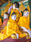 Statues of deities in the Buddhist temple. — 图库照片