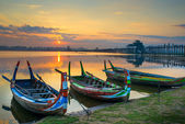 Colorful old boats on a lake in Myanmar — Stock Photo