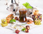 Tea with Turkish sweets — Stock Photo
