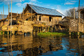 Ancient houses on the Inle Lake — Stock Photo