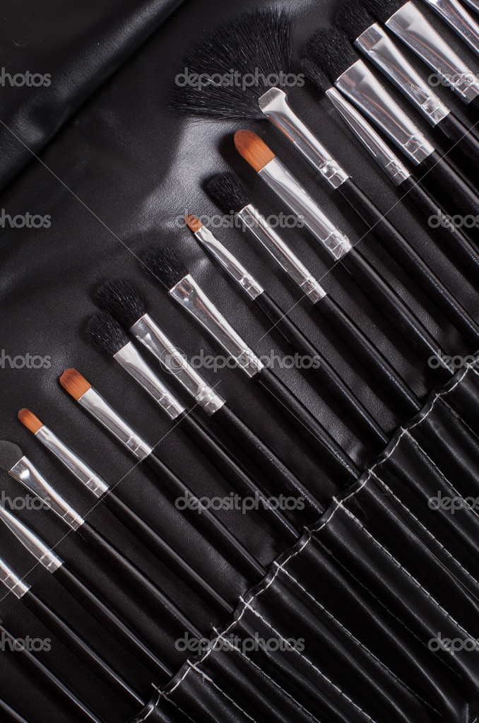 Professional cosmetic brushes — Stock Photo #19592595