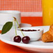 Breakfast with croissant, coffee and juice — Stockfoto