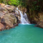 Waterfall with pool in tropical jungle, Na Muang, Koh Samui — Stock Photo