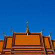 Typical buddhist monastery roof, Thailand — Stock Photo