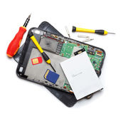 Tablet computer repair — Stock Photo