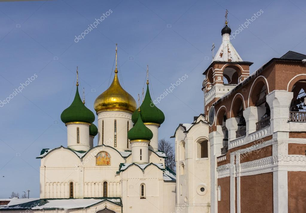 File:Russia-Suzdal-Antipius and Lazarus Churches-2.jpg - Wikimedia ...