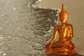 Buddha on a beach — Stockfoto