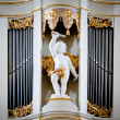 Statue of angel at Vilnius cathedral organ. — Foto de Stock