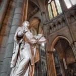 Statue in Saint Denis Basilica. — Stock Photo #12726130