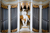 Statue of angel at Vilnius cathedral organ. — Stock Photo