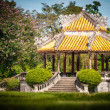 Pavillion with beautiful garden in Vietnam, Asia. — Foto de Stock