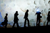 People walking inside beautiful cave — Stok fotoğraf