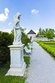 Castello cerveny kamen, statua di donna — Foto Stock