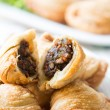 Pastry samosas — Stock Photo