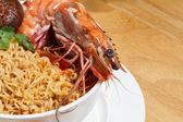 Garnelen-nudel-suppe — Stockfoto