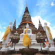 Pagoda and Buddha Status at Wat Yai Chaimongkol, Ayutthaya, Thai — Stock Photo #30251321