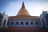 Phra Pathom Chedi, the pagoda is located in Thailand — Stock Photo