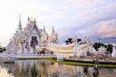 Wat rong khun, chiangrai, thailand — Stockfoto