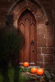Kilise kapısında: halloween — Stok fotoğraf