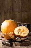 Slicing Pumpkins — Stock Photo
