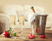 Valentines Day Champagne — Stock Photo