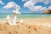 Kotva na pláži — Stock fotografie