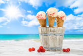 Raspberry Ripple Icecreams — Stock Photo