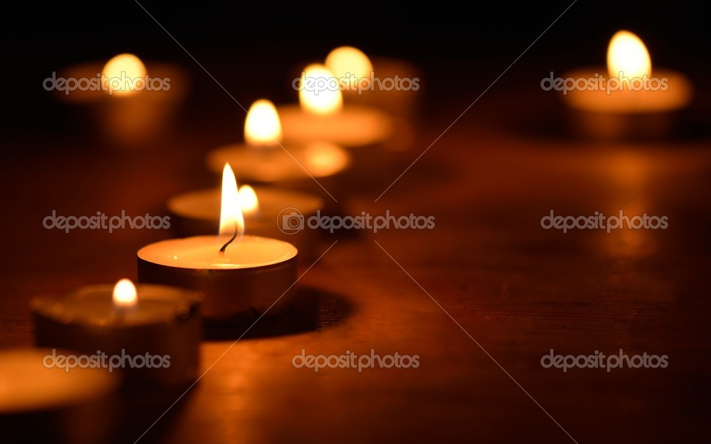 Warm and decorative candlelight  Stockfoto #14801575