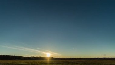 Sunset over the field with a barn. Stars appear. Time Lapse — Stock Video