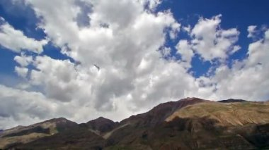 Clouds in the mountains. Kirgystan, central Tien Shan — Stock Video