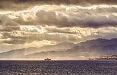 Nave nello stretto di messina. italia — Foto Stock