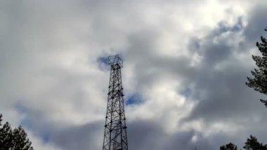 Torre eléctrica — Vídeo de Stock