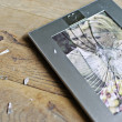 Broken picture frame of married couple — Stok fotoğraf