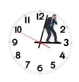Homem segurando o tempo de volta — Foto Stock