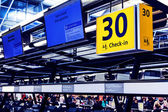 Chek-in on airport — Stock Photo