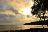 Sunset at Kood Island trat province ,thailand — Stock Photo