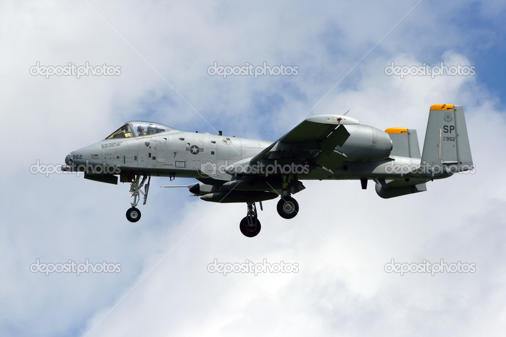 VOLKEL, NETHERLANDS - JUNE 18: USAF A-10A Thunderbolt arriving at the Royal Netherlands Air Force Days June 18, 2009 in Volkel, Netherlands.  — Stock Photo #13429539