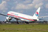 China Cargo Boeing 777 — Stock Photo