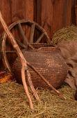 Hö med olika landsbygdens saker — Stockfoto