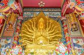 Golden guan Yin with ten thousand hands — Foto Stock