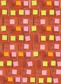 Sticky note on brick wall — Stock Photo