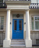 Blue door, Sussex gardens, London — Stock Photo
