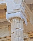 Dettaglio colonna antica, l'acropoli di atene — Foto Stock