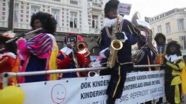 Santa Claus festival in Holland — Stock Video