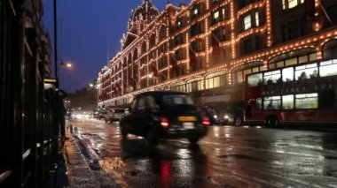 Harrods Department store in London at Christmas — Stock Video