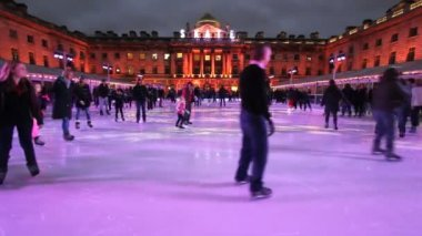 Ice Rink at Somerset House in London, UK — Stock Video