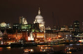 St. Pauls at Night — Stock Photo