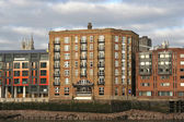 Apartments on the Thames — Stock Photo
