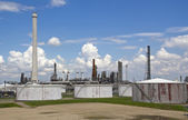 Oil Refinery and Silos — Stock Photo